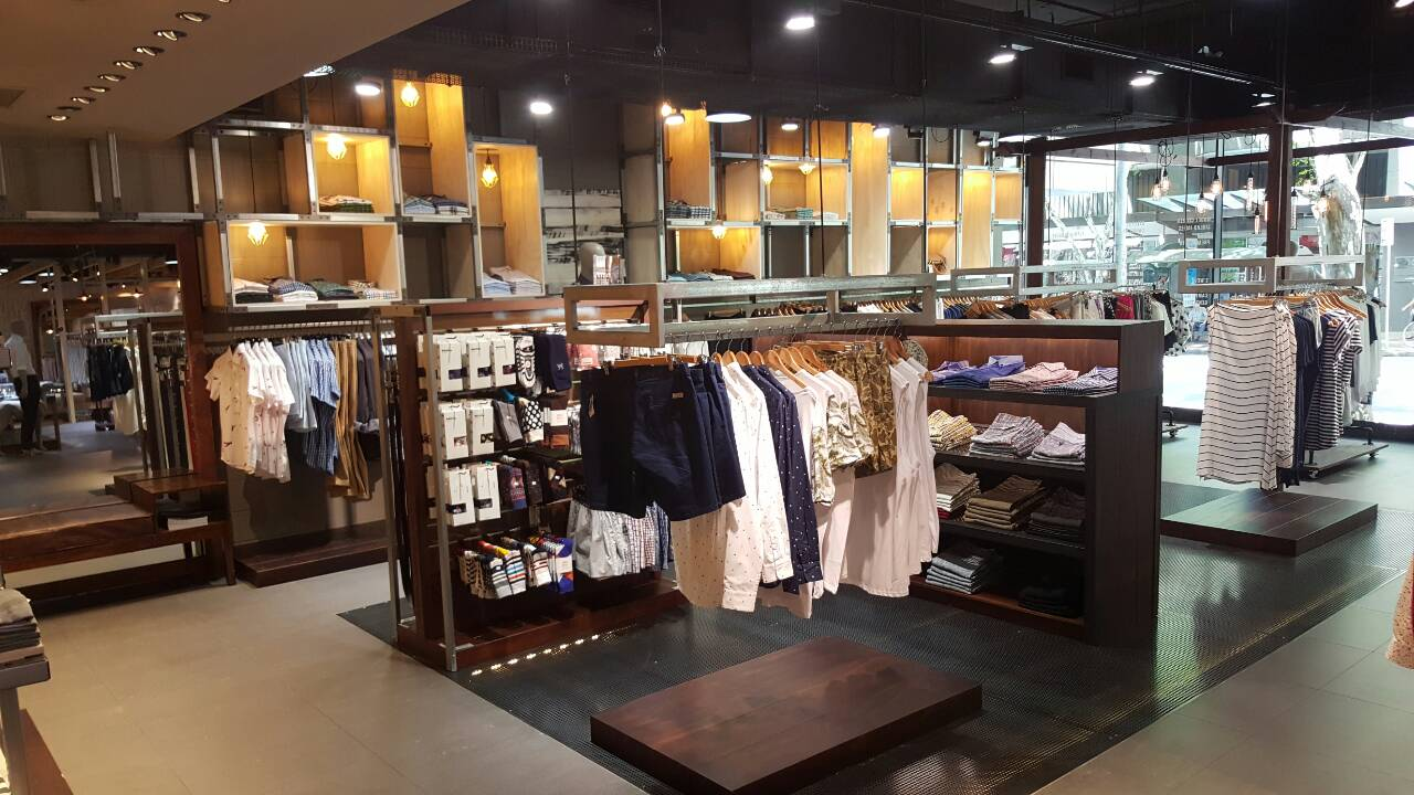 UBERMEN store 5
