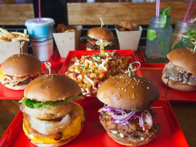 Miss-Kay-Burgers